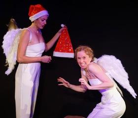 Bild: Anna Möbus und Nina Ruhz - Die Weihnachtsengel