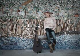 Bild: Sofia Talvik & Band - Paws of a Bear Tour - Americana mit schwedischen Wurzeln