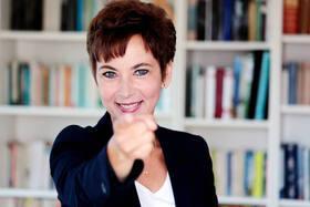 Bild: Nachgewürzt - Kabarettshow mit Liveband - Gast: Sabine Domogala