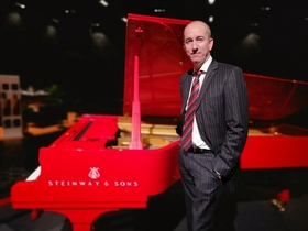 Bild: CHRIS HOPKINS meets his PIANO FRIENDS feat. Dado Moroni - Virtuoser klassischer Jazz an zwei Flügeln