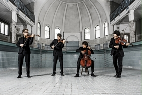 Bild: vision string quartet - Jakob Encke, Violine; Daniel Stoll, Violine;