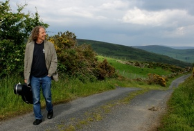 Bild: Colum Sands - Solo – Songs and stories from the North of Ireland