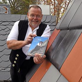 Bild: Lesung Ein Mann steigt seinem Krebs aufs Dach