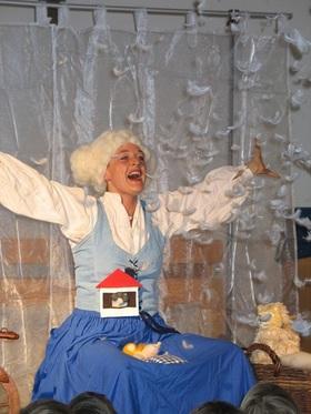 Bild: Frau Holle (ab 3 Jahre) - Märchen Gebrüder Grimm