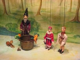 Bild: Kasper und der Zauberer Mamputzi Dallores