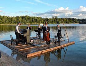 Bild: Seenachtskonzert Koller Klassik-Open-Air am Rhein