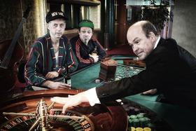 Bild: BERTA EPPLE im Casino: Die Rente ist sicher