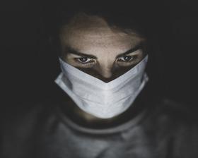 Bild: Corona: Zwischen Verschwörungstheorien und Virologenstreit