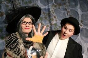 Die Zauberine - Ein zauberhaftes Kindertheaterstück von Johannes Galli