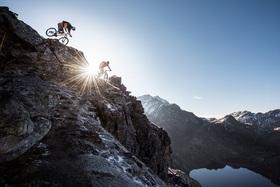 Bild: Pfad-Finder – Mountainbike Abenteuer. Vom Karwendel bis zum Himalaya