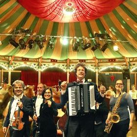 Bild: donnerstags auf dem Killesberg - SwingJazz ¡Tanzen verboten!