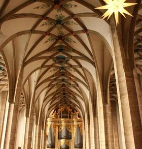 Bild: Weihnachtliches Orgelkonzert im Kerzenschein