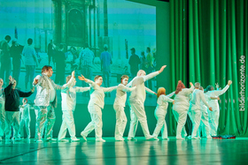 """Bild: Theater DIE ECKIGEN - Premiere """"Lysistratas Frieden"""" nach Aristophanes"""