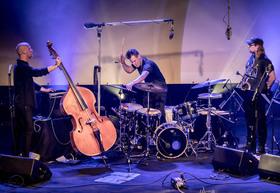 Bild: ACHTER 27 - Koma Saxo - Powerplay in Reinkultur!