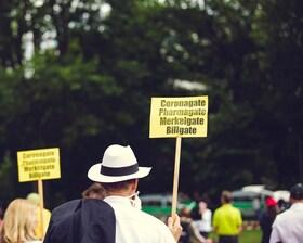 Bild: Corona: Freiheit vs. Schutz von Leben - Was sollte während einer Pandemie Vorrang haben?