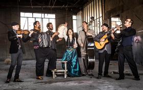 Barcelona Gipsy balKan Orchestra: Nova Era