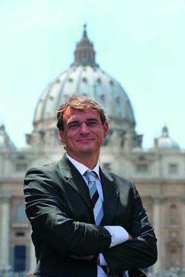 Bild: Andreas Englisch: Pakt gegen den Papst – Franziskus und seine Feinde im Vatikan