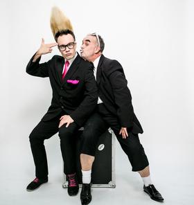 Bild: Die Buschs - Comedy Trash und Zauberei