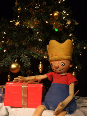 Bild: Der kleine König feiert Weihnachten