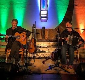 Bild: 15. Dillinger Irish Folk Night 2021 - mit dem Duo John Doyle & Mick McAuley, den