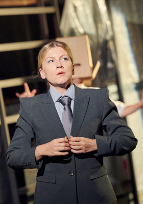 Bild: Der gute Mensch von Sezuan - Schauspiel von Bertolt Brecht, Musik von Paul Dessau