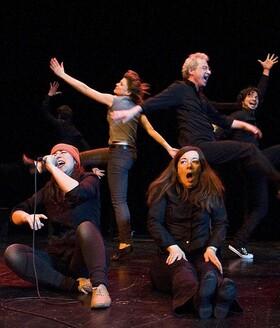 Bild: Kultur im Freien - Harlekin Theater - Die theatersportliche IMPRO-Show
