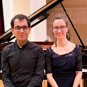 Bild: Klavier und Klavier