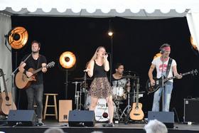 Bild: Kultur im Freien - strings unplugged performt eigenwillige Akustik Covers von Fleetwood Mac bis Pharell William (Ausverkauft)