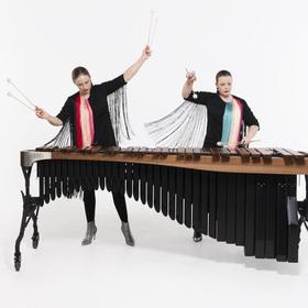 Bild: Percussion Duo Jessica & Vanessa Porter