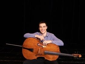 Bild: Waldkonzert Cello Solo