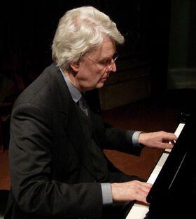 Bild: Klavier mit Lesung - Weihnachten bei den Buddenbrocks
