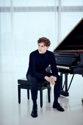 Bild: Jan Lisiecki - Jan Lisiecki spielt Chopin
