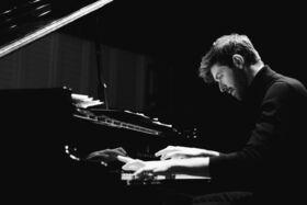 Bild: Florian Christl am Piano