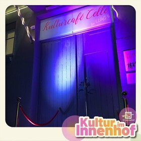 Bild: Kultur im Innenhof: Lloyd´s Kulturcafé präsentiert musikalische Open Stage