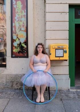 Bild: Prignitz-Ruppiner-Komödienfestival  - 12. Schöller-Festspiele 2021 - Kaoshüter mit Anna Mateur & The Beuys