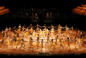 Bild: The Ninth Symphony by Maurice Bejart & Dancing Beethoven – Tanzfilme