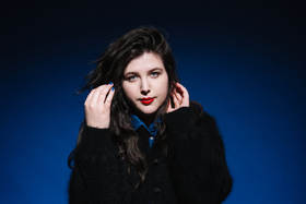 LUCY DACUS - support: Fenne Lily