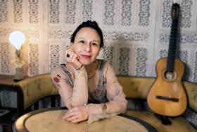 Bild: Folk im Park, Etta Scollo und Band, sizilianische Lieder.