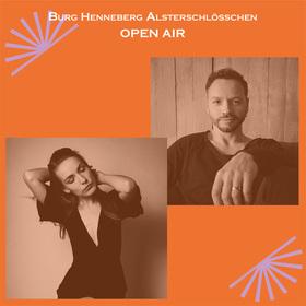 Bild: Maria Basel & Lennart A. Salomon im Burg-Open Air