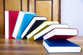 Bild: Buchgenuss nach Ladenschluss