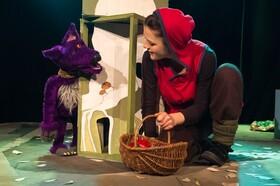 Bild: Rotkäppchen - Ein Abenteuer mit Puppenspiel und Musik