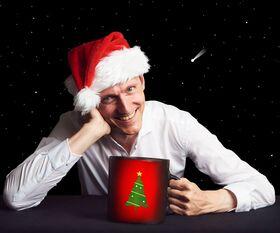 Bild: Glühwein zum Frühstück - in 24 Schlückchen zur Besinnlichkeit - Weihnachtscomedy mit Konstantin Schmidt