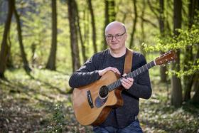 Bild: International Guitar Night - Gitarrenmusik von Peter Finger und seinen Gästen