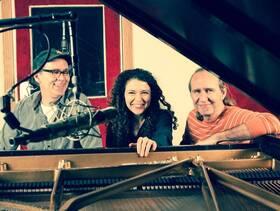 Bild: Sylvie Courvoisier Trio feat. Kenny Wollesen & Drew Gress