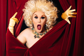 Bild: Elke Winter Solo - Queen of Comedy