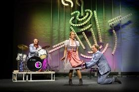 Bild: Skandal im Spreebezirk: Achtung! Die Veranstaltung findet im Franziskanerkloster statt - Kabarett-Theater Distel Berlin