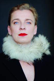 Tina Teubner - Männer brauchen Grenzen - Benefiz-Kabarett-Veranstaltung der Clubs Essen I Essen-Süd I Essen-Victoria (Soroptimist International)