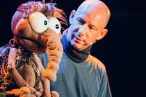 """Image: Benjamin Tomkins """"Der Puppenflüsterer"""" LIVE"""