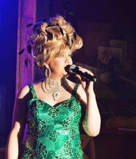 Bild: Carte - Rouge Travestie-Show - Zu Gast : Lullu Bleibtreu aus Magdeburg