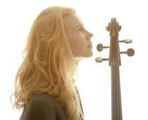 Bild: Harriet Krijgh (Violoncello) - & Magda Amara (Klavier)